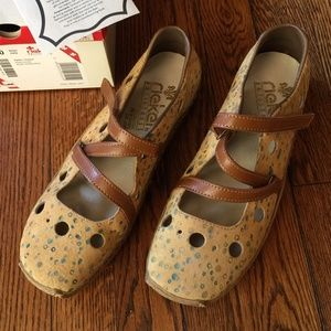 Rieker Leather Perforated Antistress Flats NWT 8